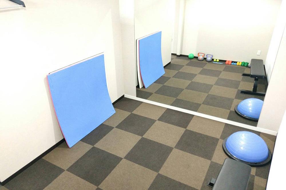 個室は2部屋完備しております